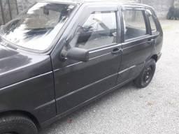 Fiat Uno 96 4 portas carro de mulher
