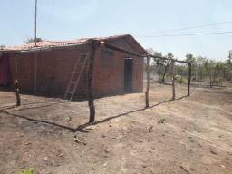 Terreno com uma casa dentro, no povoado Brejinho no Maranhão