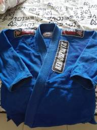 Kimono m2 semi novo