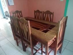 Mesa de 6 cadeiras toda em madeira