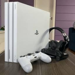 PS4 Pro 1tb Edição Destiny + Controle + Fone + Jogos