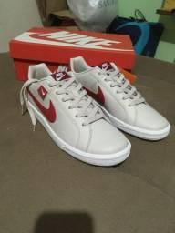 Tênis Nike Court TAM 41 novo