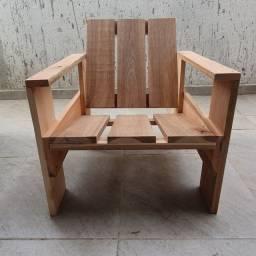 Cadeiras Krat novas