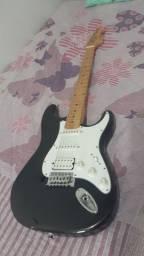 Guitarra elétrica Michael