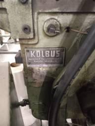 Montadora de Capas dura Kolbus GD