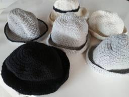 Bolsas e chapéus d crochê