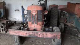 Massey Fergusson  Antigo para restaurar,MOD.85X ,ano 78.
