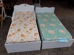 Mini cama usada com colchão