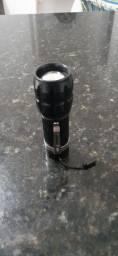 Mini lanterna com luz branca e zoom