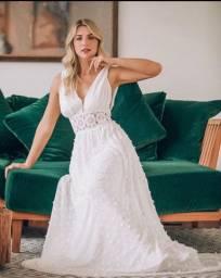 Vestido de noiva, usado uma vez