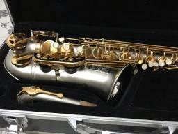 Saxofone alto Susuki Usado e bem conservado!