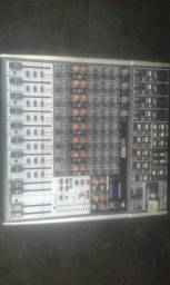 Mesa de som Behringer USB 12 canais
