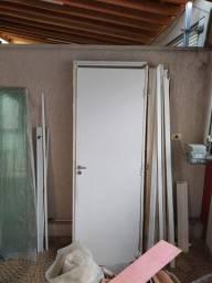 Porta de madeira com