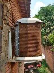 Central de ar condicionado Eletrolux 12 BTUs.