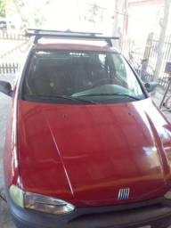 Fiat palho bem conservado dut em branco