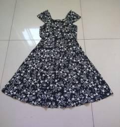 3 vestidos(bem conservado)
