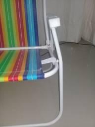 Cadeira de Praia Usada c/ Pequeno Defeito no Braço