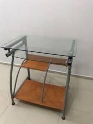 Mesa para computador/ estudar