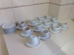 Jogo 6 Xícaras de Cafezinho com Pires - Porcelana Schmidt 1a linha (no dinheiro R$ 46,00)