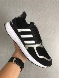 Tênis Adidas Ultra