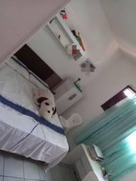 Alugo quarto para moças estudantes R$ 500 (ler descrição )