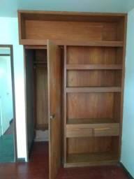 Pra vender logo, armario. Dimensões do armário,2x1,73, Altura 2,60