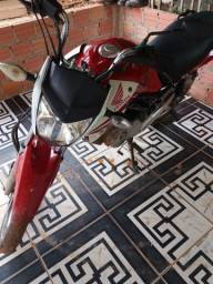 Moto titan cg 150 2014 boa poren atrasada nao conpenca pagar