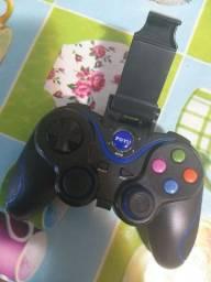 Controle joystick para jogar no celular