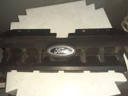 Grade frontal Ford fiesta zetec rocam 11/14