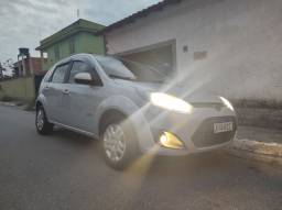 Ford Fiesta Hatch 1.6 2011 completo