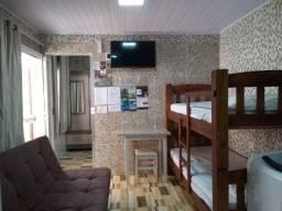 Kitinet 1 quarto, 450m praia-Balneário Camboriú, wifi, a/c, wats *