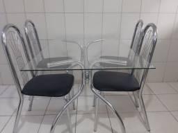 Mesa com 4 cadeira cromado