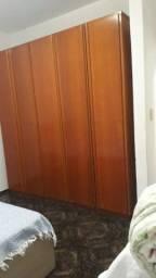 Aluga quarto em casa de familia!!!