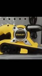 Lixadeira de cinta 720w 3x21  220v stanley