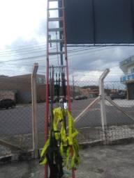 Escada de fibra 19 degraus 6 mt