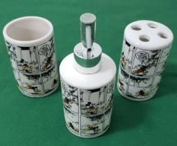 Kit de Banheiro com 3 peças do Mickey @Disney - USADO
