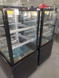 Vitrine refrigerada New Titanium 60cm Seca e Refrigerada *douglas