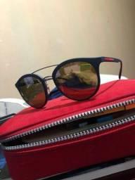 Óculos de sol: prada
