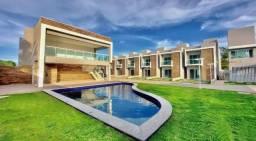 Casa em condomínio fechado com 3 Quartos e área de lazer completa no Eusébio