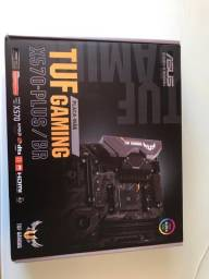 KIT Placa Mãe + Processador Ryzen 7 3700X