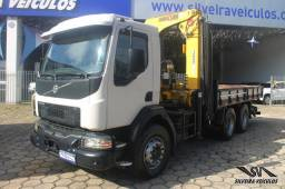 Volvo VM 270 - Ano: 2015 - 6 x 4 - Munck