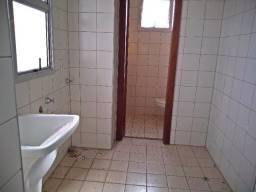 Apartamento para alugar com 3 dormitórios em Centro, Uberlândia cod:L30266