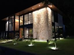 Vendo maravilhosa casa em condomínio de alto padrão em Aldeia.