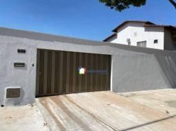 Título do anúncio: Casa com 3 dormitórios à venda, 215 m² por R$ 830.000 - Jardim Europa - Goiânia/GO