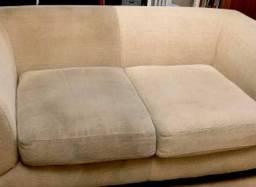 Limpeza e Higienização de sofás, bancos residencias e automotivos.
