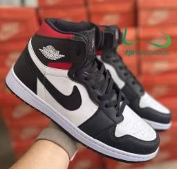 Botinha Nike Air Jordan tricolor (ENTREGA GRÁTIS)