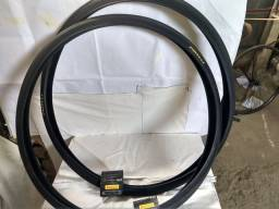 Par  de pneus fino pirelli  27x1.1/4 jet caju