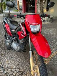 Vendo e troco Bros ano 2012 pedal