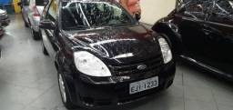 Ford ka ano 2009 completo com ar condicionado km baixíssimo