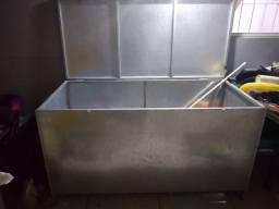 Caixa de alumínio para deixar no tempo